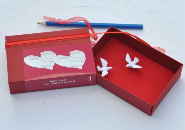 1. Hochzeitstag Papierhochzeit - Geschenkschachtel Tauben