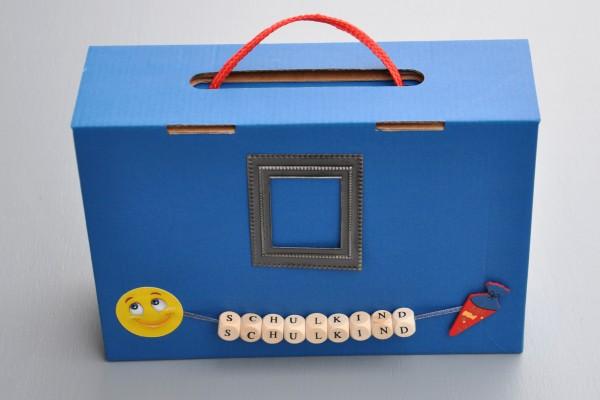 Befüllter Koffer - Schulanfang für Mädchen und Jungen