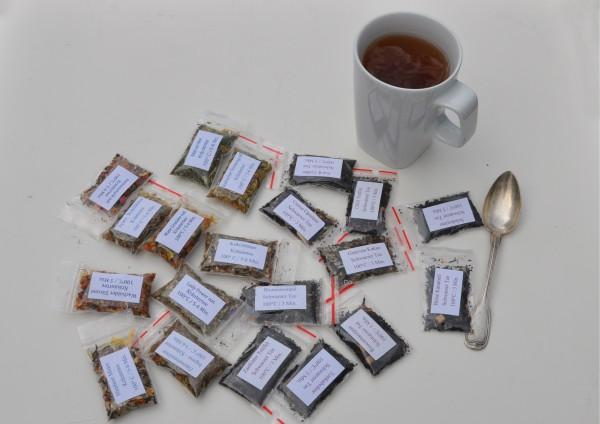 Kräutertee kombiniert mit anderen Teesorten - je 1 Tasse