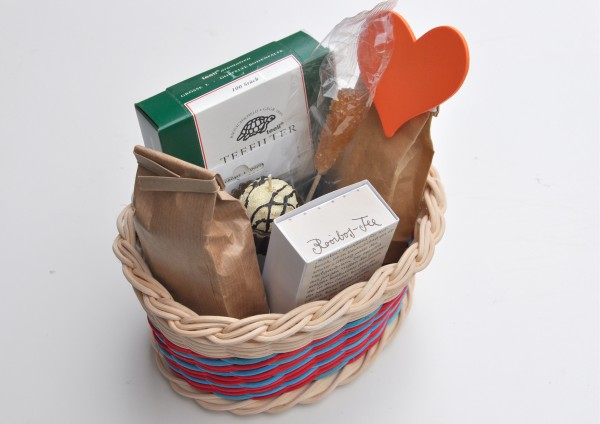 Rotbuschkörbchen- Handgefertigter Korb mit Rooibos / Rotbusch Tee - Teegeschenk