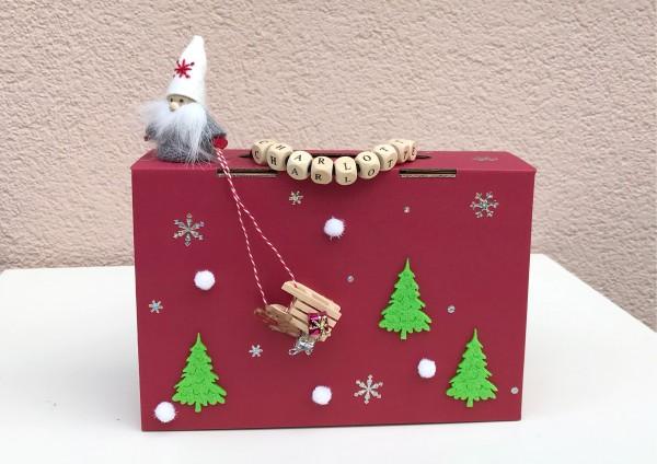 Geschenkschachtel / Koffer ROT zu Weihnachten - Wichtel mit Schlitten