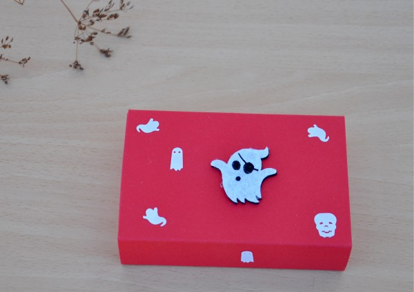 Geschenkschachtel zu Halloween in ROT Schiebeschachtel
