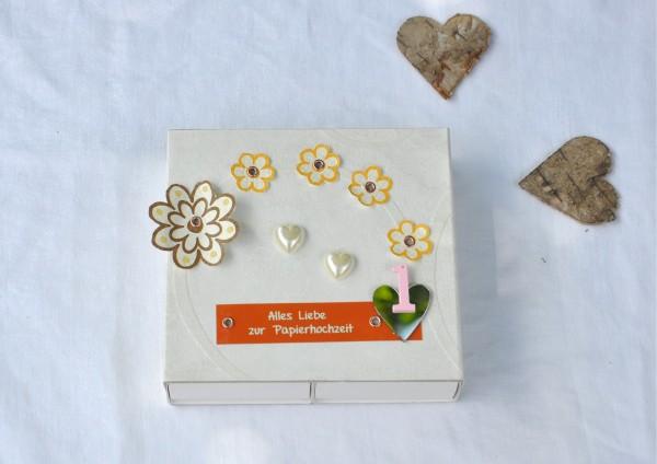 1. Hochzeitstag Papierhochzeit Blumen - Geschenkschachtel für 2