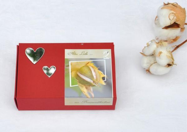 2. Hochzeitstag Baumwollhochzeit - weinrote Geschenkschachtel mit Spiegelherzen