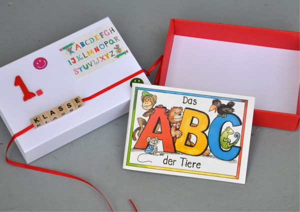 Schulanfang 1. Klasse - Geschenkschachtel mit Minibuch