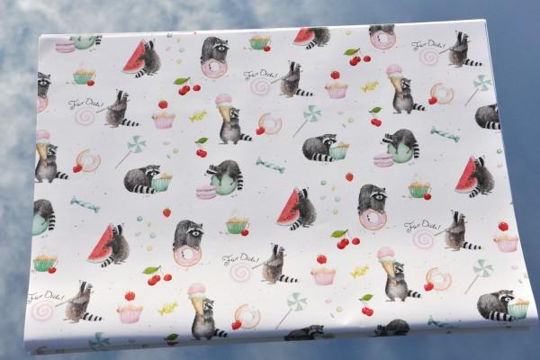 Waschbär mit Süßigkeiten - Geschenkpapier