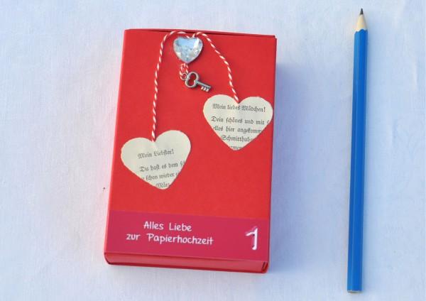1. Hochzeitstag Papierhochzeit - Geschenkschachtel ROT Schlüssel