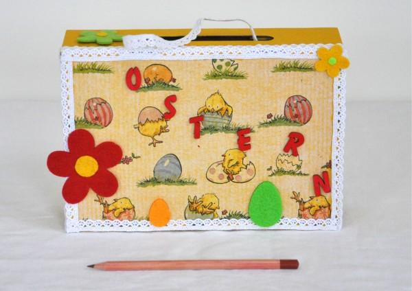 Geschenkschachtel / Koffer Ostern - Küken im Ei