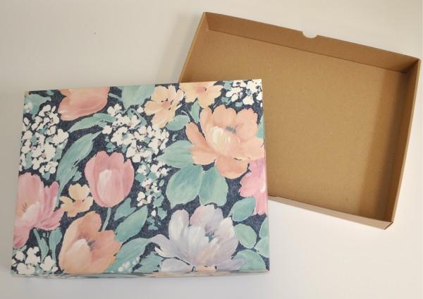 Blumen Leinwandeffekt - Geschenkschachtel mit Deckel