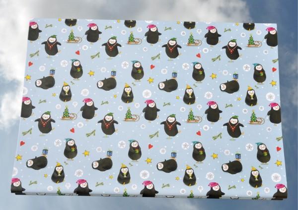 Pinguine im Schnee - Geschenkpapier mit Silberdruck